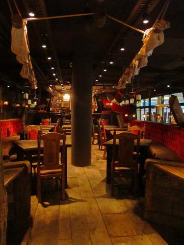 historische fahnen f r ein historisches schiff restaurant carlos l nen almerlin. Black Bedroom Furniture Sets. Home Design Ideas