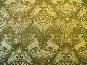 Mittelalterstoff Hirsche und Adler Naturstoff Damaststoff altgrün-goldbeige