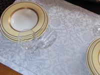 TWHOTB50-08 Damast Tischband Tischläufer weiß-bleu