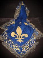 Sofaplaid gewebt royalblau mit Lilien