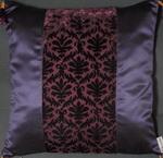 AE1067-lila-violett_kissen_seidensamt_kl